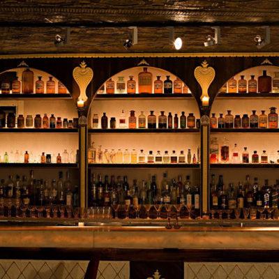 Bar at Apotheke