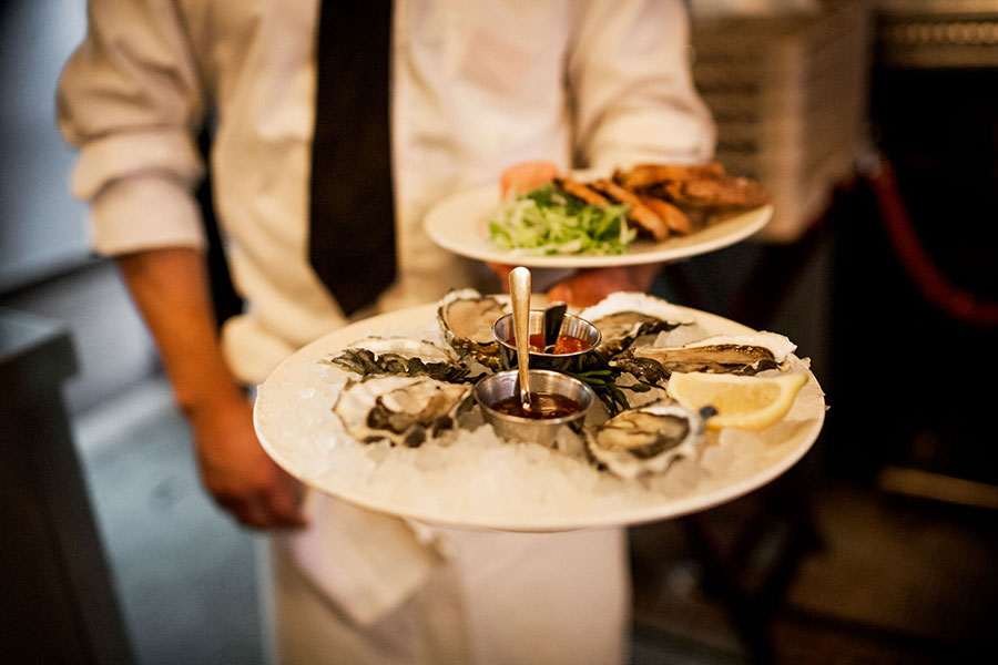 BUBBLES, OYSTERS, AND LOBSTER: WHERE TO GO FOR THE ULTIMATE TRIFECTA