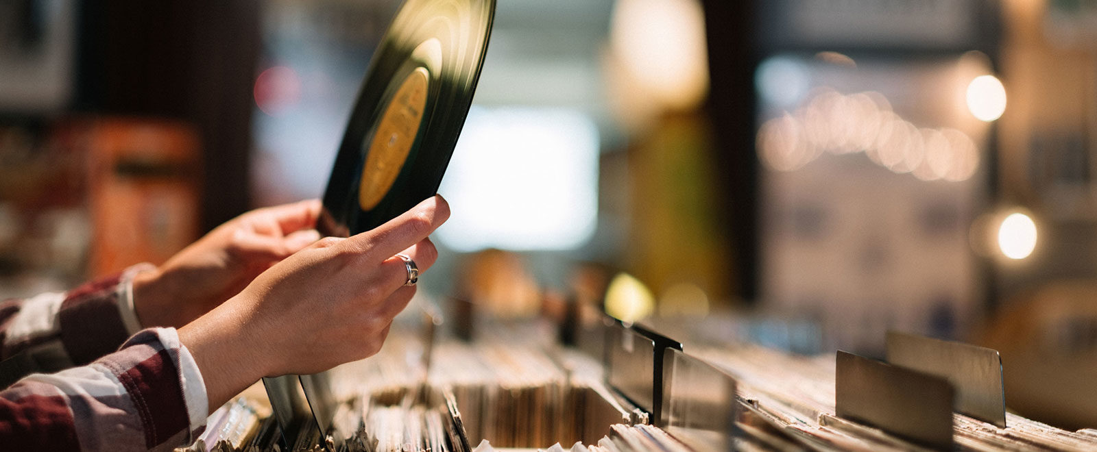 VINYL DJ JONATHAN TOUBIN'S GUIDE TO RECORD SHOPPING IN NYC