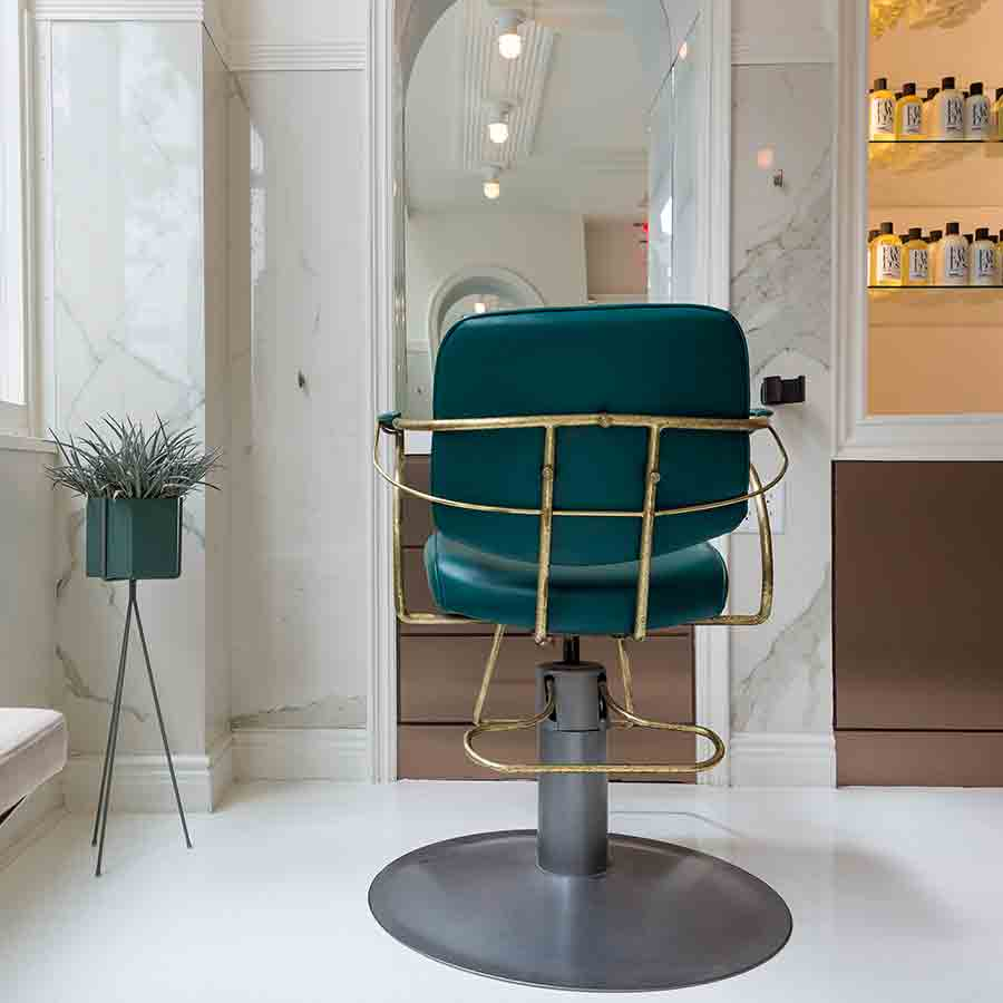 Blackstones Salon in TriBeCa, NYC.