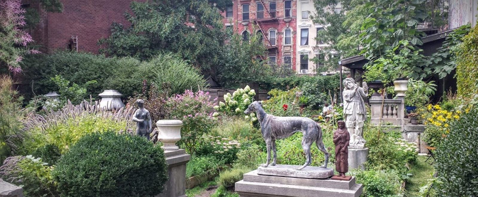 New York Spring Gardens Downtown Elizabeth Street Garden Gramercy Park Washington Square Park