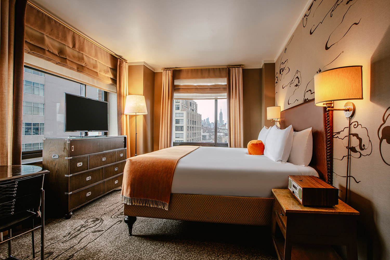 Deluxe Corner King Rooms & Suites