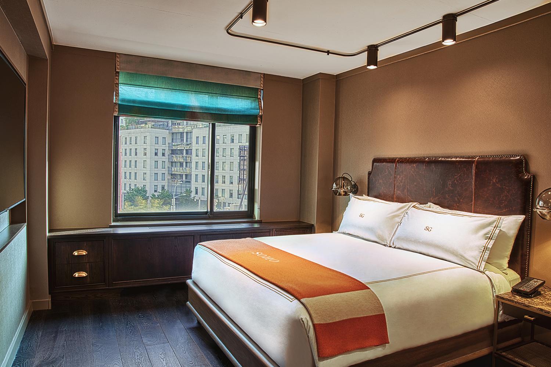 New Soho Grand Deluxe Hotel Room